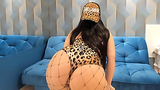 Brazilian WEBSTRIPPER Striptease so HOt for you BIG BOOTY TEEN SHAKING ASS