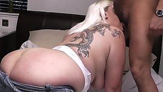 Tattooed fat ass blonde bbw riding his cock