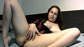 Antonia Sainz masturbate